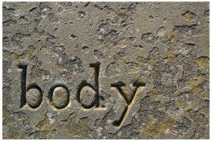 Gli assasssini che lasciano un segno, sia nelle vittime che nella società, come un messaggio scolpito nella pietra